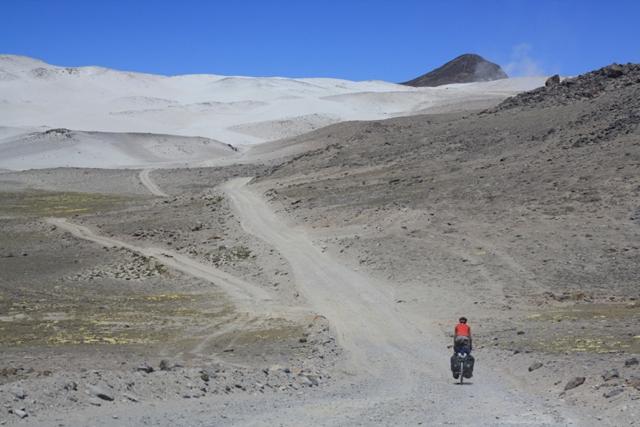 Climbing to Abra Culipampa