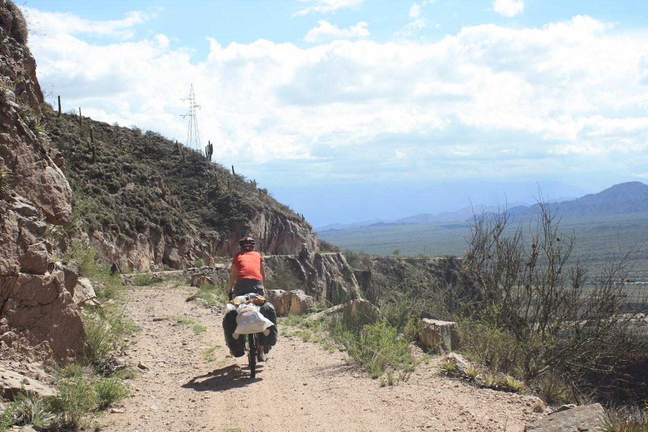 Descending from the Cuesta de Zapata