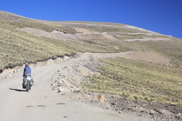 Climbing to Abra Anabi