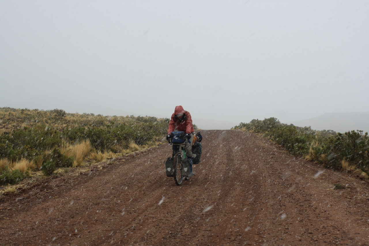 Climbing to Abra Huayllamarca in the snow