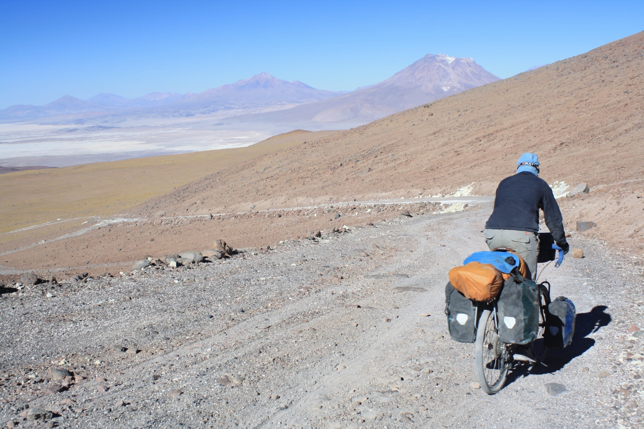 Descending from Aucanquilcha