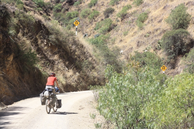 Climbing the switchbacks to Haquira