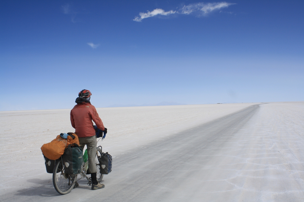 Heading into a gale on the Salar de Uyuni